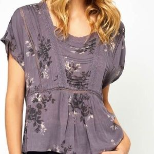 GENTLE FAWN short sleeve top lace detail